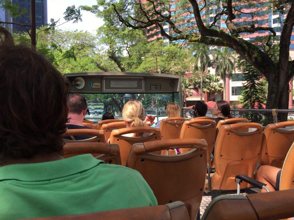 観光バスに乗りました