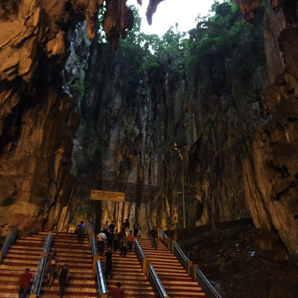 バトゥ洞窟の中